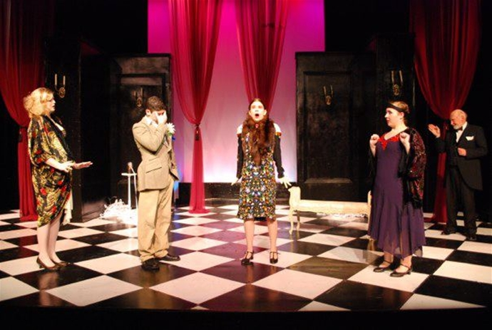why major in theatre