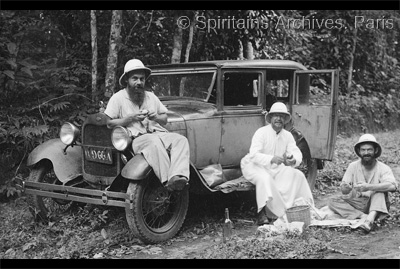 Congo, 1936. Roadside picnic - Bishop Biechy with Bros. Francois Regis and Alexander.