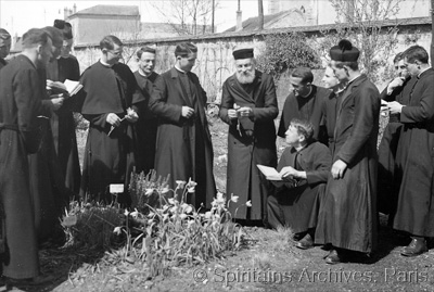 Chevilly, France, 1939. Fr. Sacleux conducts botanical classes for novices.