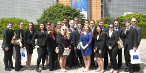 Photo of Duquesne University law students in Europe