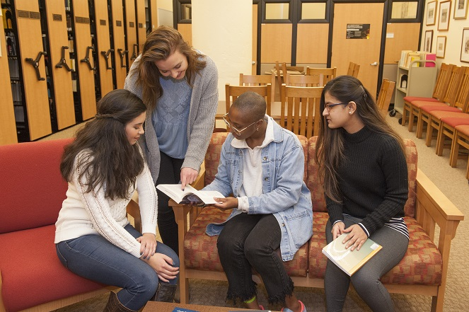 Portrait of Group of Students reading in Simon Silverman Phenomenology Center