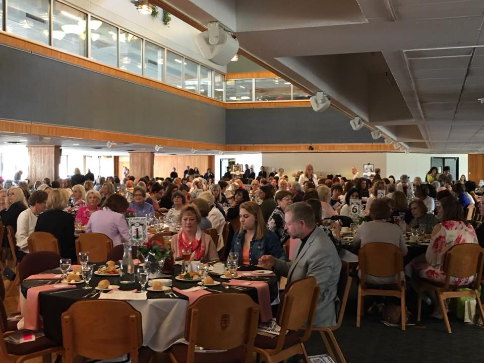 Over 300 attendees came to the 2018 Spring Luncheon and Fashion Show.